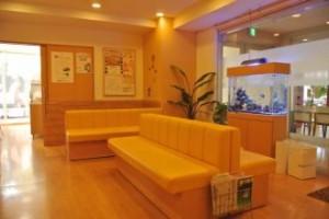 病院様 穏やかな雰囲気の待合室にぴったりです